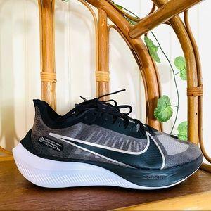 🌱 NIKE Sz 10 Zoom Gravity Sneakers
